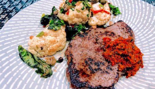 ペスト・ロッソを使ったレシピ:超簡単!仔牛肉ステーキに添えるだけ