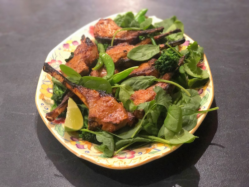 タンドーリラムとグリーンサラダ