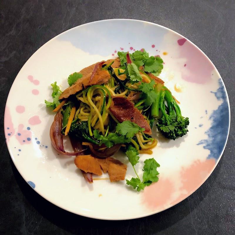 豚肉と野菜のズードル炒め
